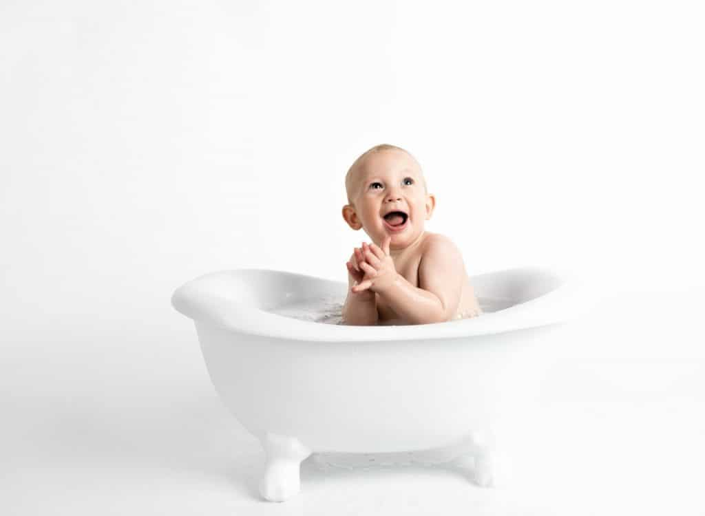 safe baby bath products