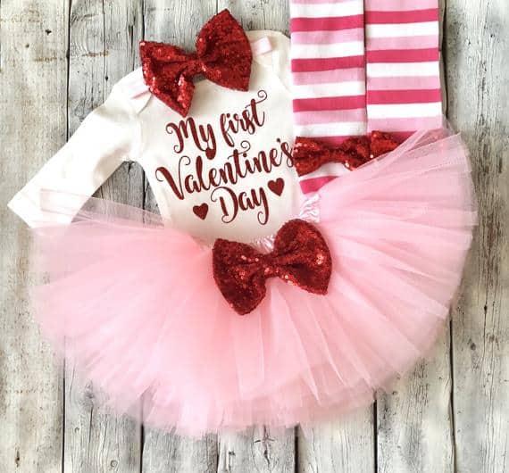 Newborn girl Valentine outfit